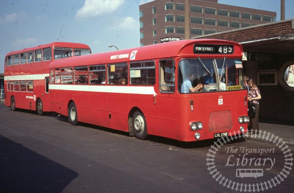 West Riding Leyland Leopard 234 LHL178F in 1977 on route 485 - 11/08/1977 - Ron Wellings