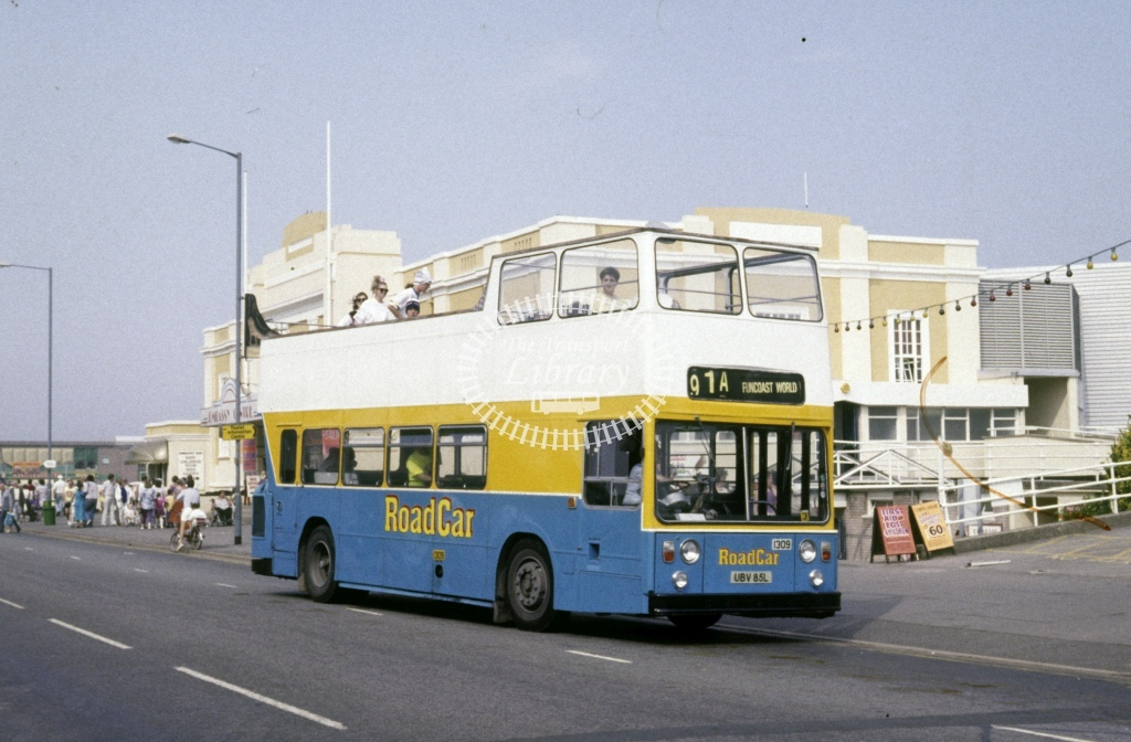 Lincolnshire Road Car Leyland AN68 1309 UBV85L  at Skegness  in 1991 - Jul - Roy Marshall