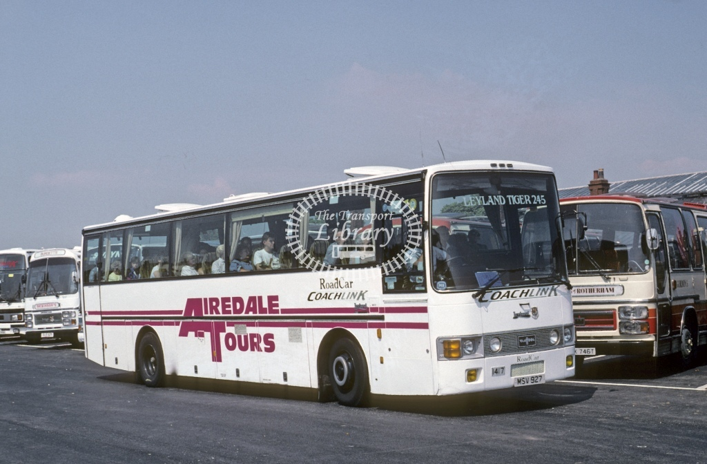 Lincolnshire Road Car Leyland TRCTL 1417 MSV927  at Bridlington  in 1990 - May - Roy Marshall