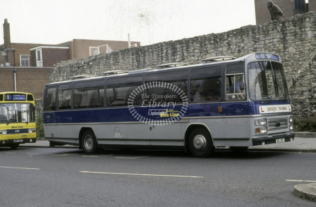 Solent Blue Line Bedford YMT 304 BDL65T  at Southampton  in 1992 -  Jun  - Roy Marshall