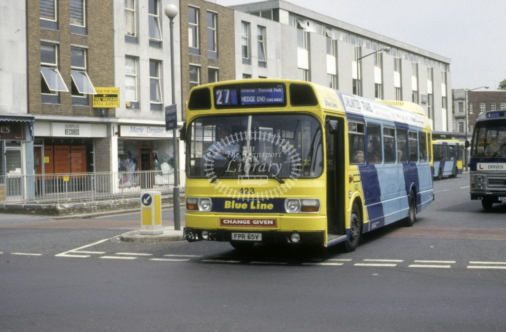 Solent Blue Line Leyland Nat 423 FPR65V  at Southampton  in 1992 -  Jun  - Roy Marshall