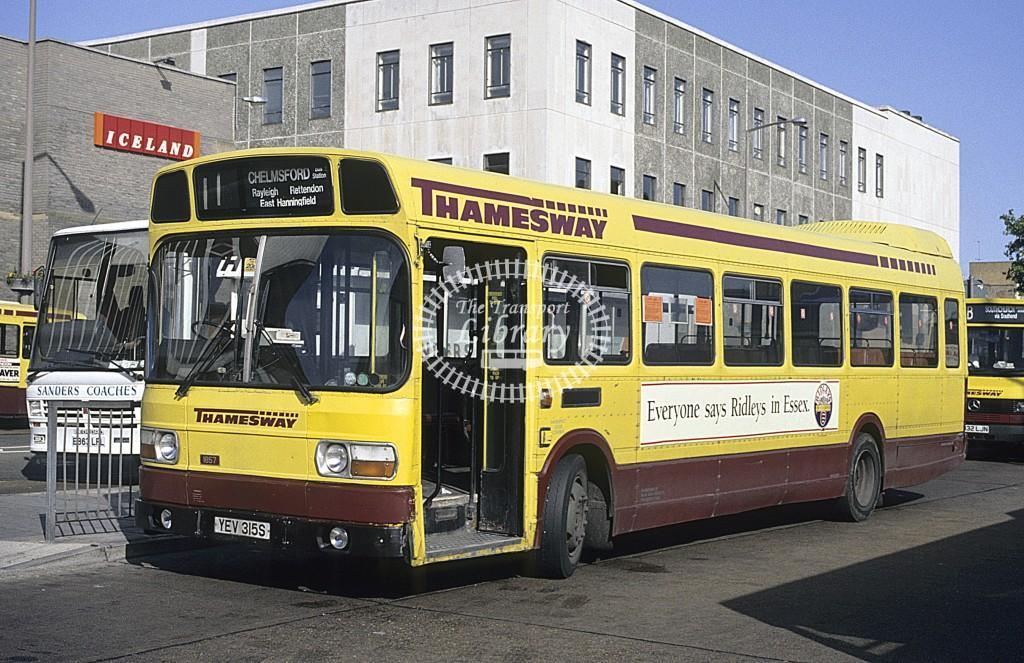 Thamesway Leyland Nat 1857 YEV315S at Southend on Sea in 1992 - Sept 1992 - Roy Marshall