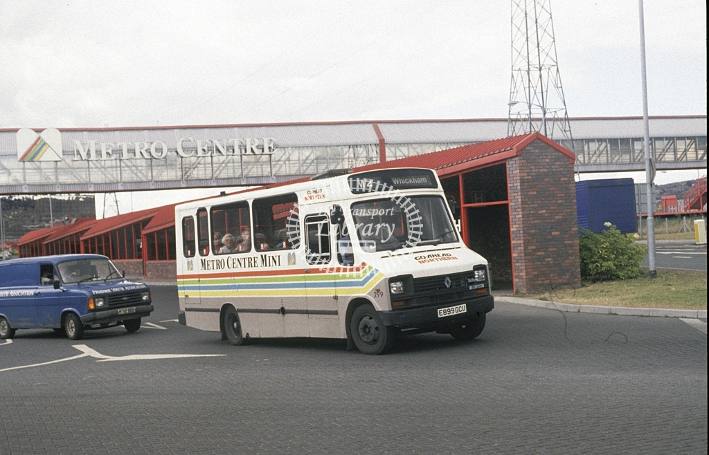 Northern General Renault S56 299 E889GCU  at Metro City  in 1989 - Aug - Roy Marshall