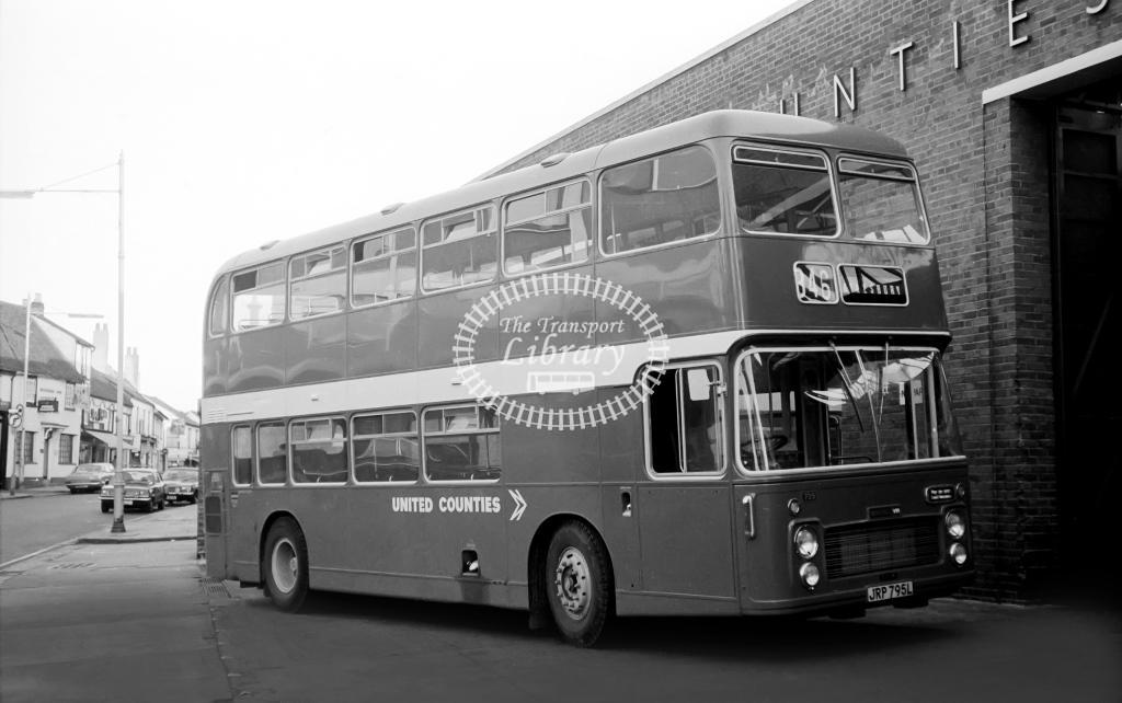 United Counties Bristol VR 759 JRP795L at Aylesbury in Circa 1974 on route 846 - Vic Zealey