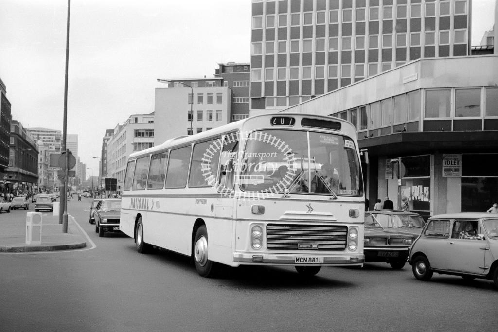 Northern General Bristol RE MCN881L at Marble Arch in Circa 1974 on route 207 - Vic Zealey