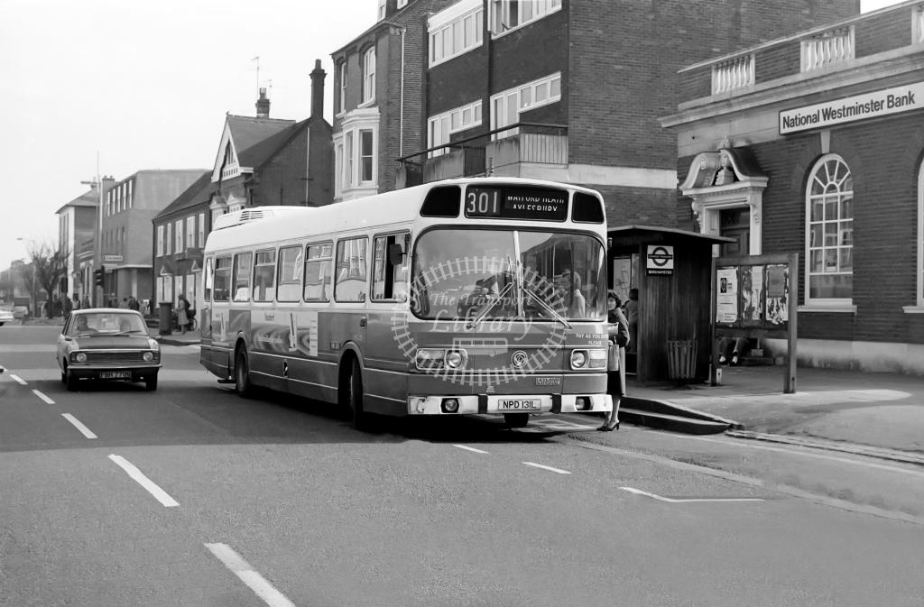 London Country Leyland National Class LNC LNC31 NPD131L at Berkhamstead in 1978 on route 301 - Vic Zealey